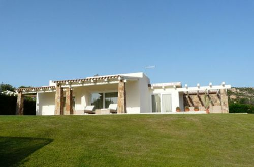 Villa in Sardinia by Antonio Lupi2