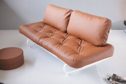 The Leash Sofa by Per Weiss3