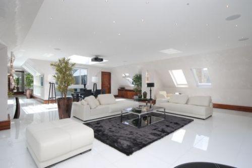 Modern London Penthouse Apartment