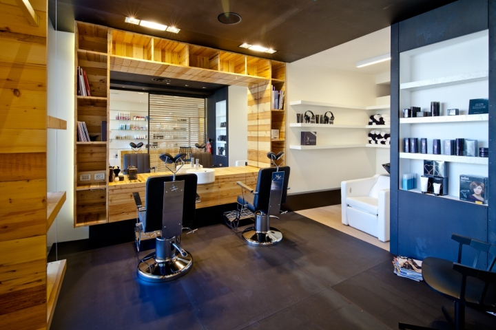 Barber shop – Italy