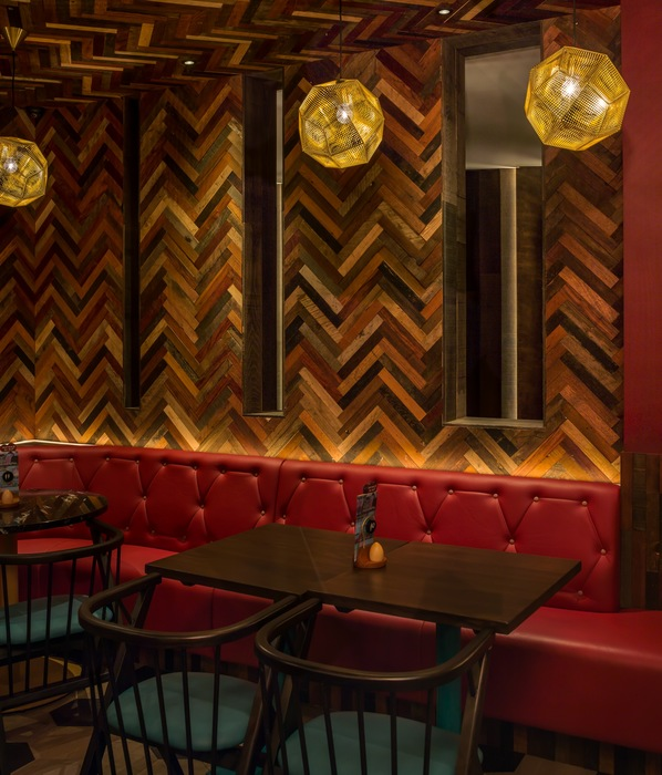 Nando's Old Street by Moreno Masey Decor
