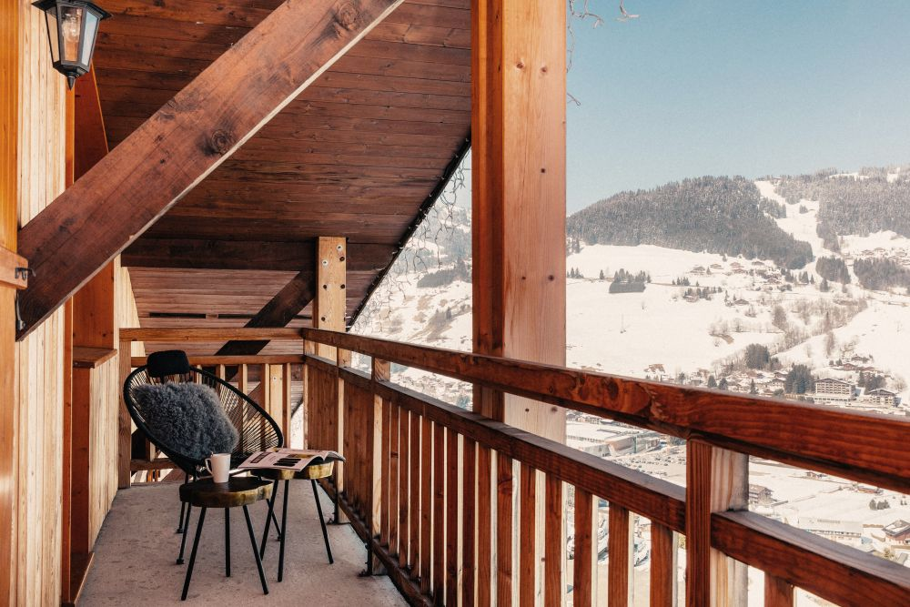 The views of the nearby mountains are quite spectacular and can be enjoyed from all parts of the hotel