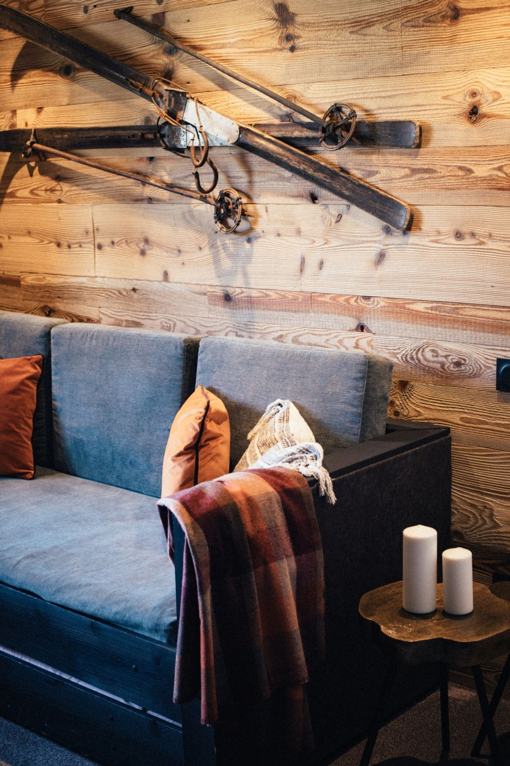 The hotel's new interior design focuses mainly on warm and subtle color tones and cozy textures and finishes