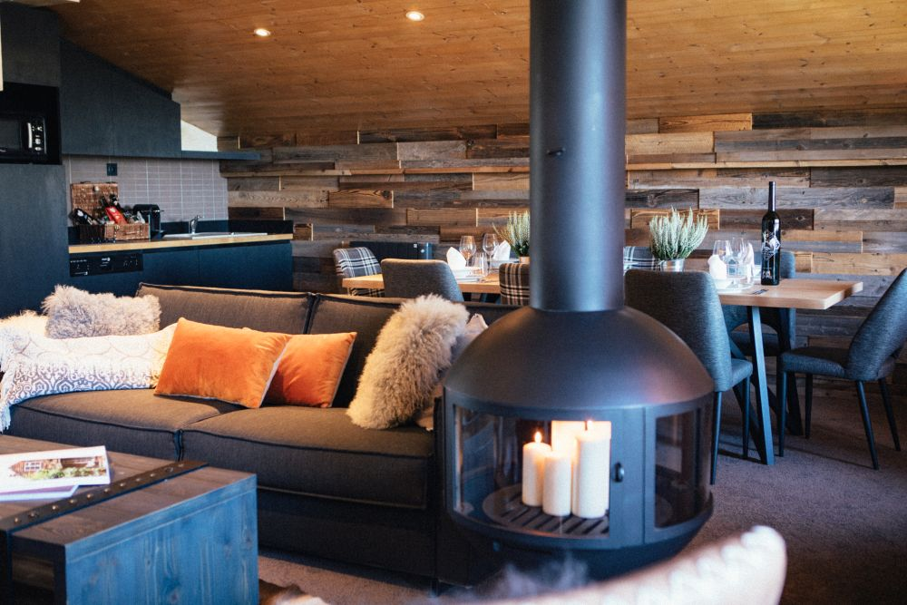 The fireplace in the lobby creates a very homey ambiance, making the space feel like a large family room